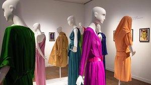 Vestidos y accesorios creados por el disenador frances Yves Saint-Laurent, que pertenecen al armario deCatherine Deneuve y que han sido subastados este jueves porChristie' s, en París.