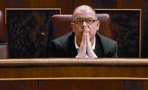 El diputado socialista José Zaragoza, en su escaño en el Congreso el pasado mes de febrero.