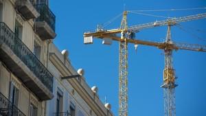Obras en un edificio de l'Eixample de Barcelona.