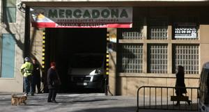 Futuro Mercadona en la calle de la Indústria de Barcelona.