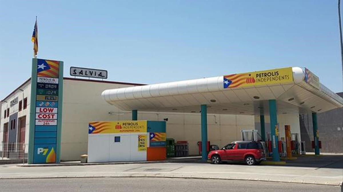 Una cadena de gasolineras insta a su plantilla a hacer huelga por el juicio del 1-O