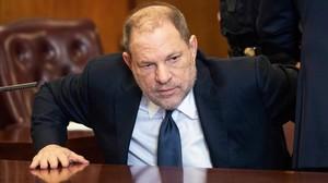 Harvey Weinstein, en una comparecencia en un juzgado de Nueva York, en junio.