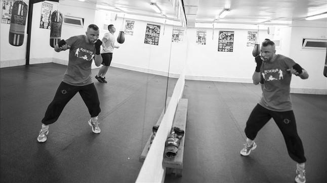 Fotos el resurgir del boxeo en catalunya for Gimnasio hospitalet
