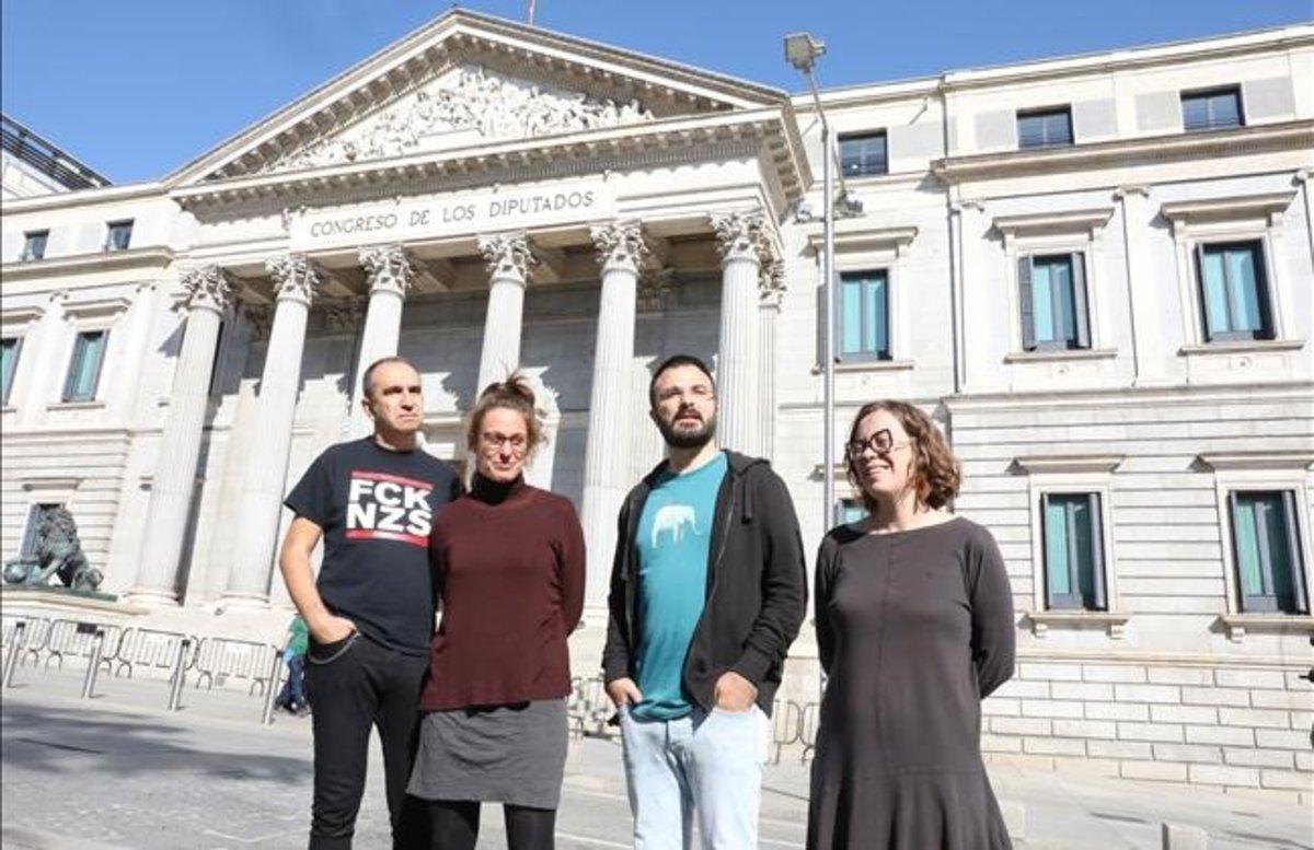 Los candidatos de la CUP al Congreso, Francisco Gabarrel; Mireia Vehí, Albert Botran y Eulàlia Reguant.