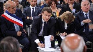 El presidente francés,Emmanuel Macron, durante su visita a Córcega.
