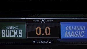 Marcador con empate a cero del partido de la NBA entre los Milwaukee Bucks y los Orlando Magic, este miércoles.