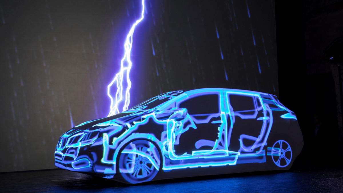 Presentación en Tokyo del nuevo Nissan Leaf.
