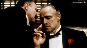 Marlon Brando, en su papel de don Vito Corleone, en 'El padrino'.