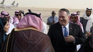 Mike Pompeo a su llegada al aeropuerto de Riad.