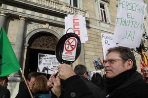 Protesta de funcionarios ante el Palau de la Generalitat, en el 2011.