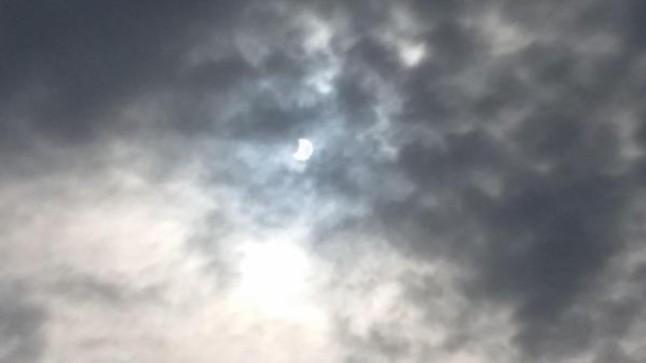 Eclipse de Sol en Sant Adrià de Besòs.