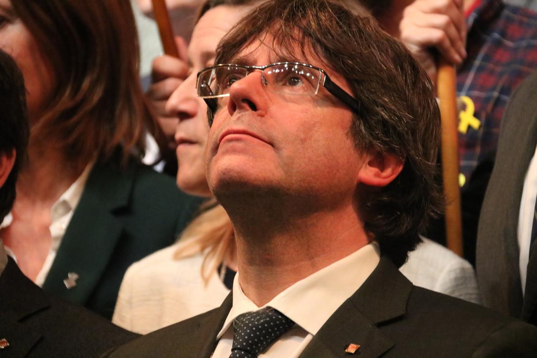 El 'expresident' Puigdemont ha sido acompañado a Bruselas por un agente de los Mossos d'Esquadra.