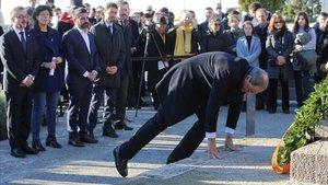 El 'president', Quim Torra, durante la ofrenda a Francesc Macià, el pasado 25 de diciembre en el cementerio de Montjuïc