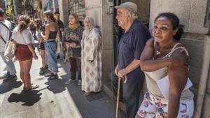 Protesta vecinal contra el acoso inmobiliario en Espalter, 6, en el 2018.
