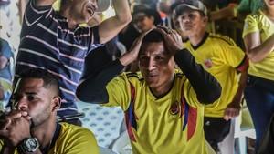 Reacción de un aficionado colombiano en el partido frente Japón