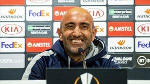 Abelardo, en la rueda de prensa de este jueves en Wolverhampton.