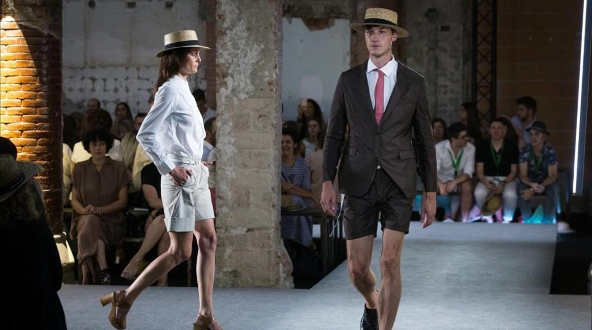 Las nuevas propuestas de Antonio Miró, en la pasarela 080 Barcelona Fashion.