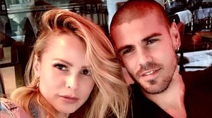 Víctor Valdés y Yolanda Cardona posan en su cuenta de Instagram.