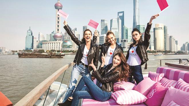 Para las modelos de Victorias Secret es el evento del año y todas quieren estar en el lugar donde medio mundo tendrá puesta su mirada.
