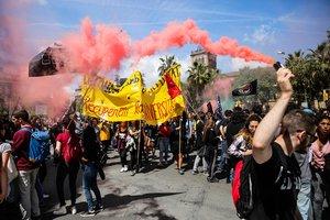 La protesta estudiantil contra les taxes no aconsegueix paralitzar la universitat