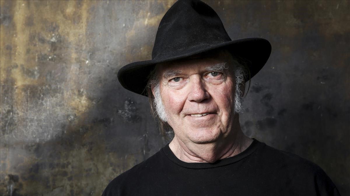 Neil Young, en unretrato realizado en mayo del 2016.