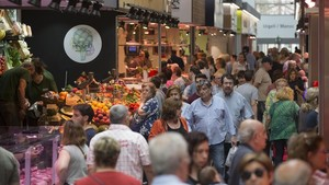 El nou Sant Antoni reactiva el negoci fora i dins del mercat