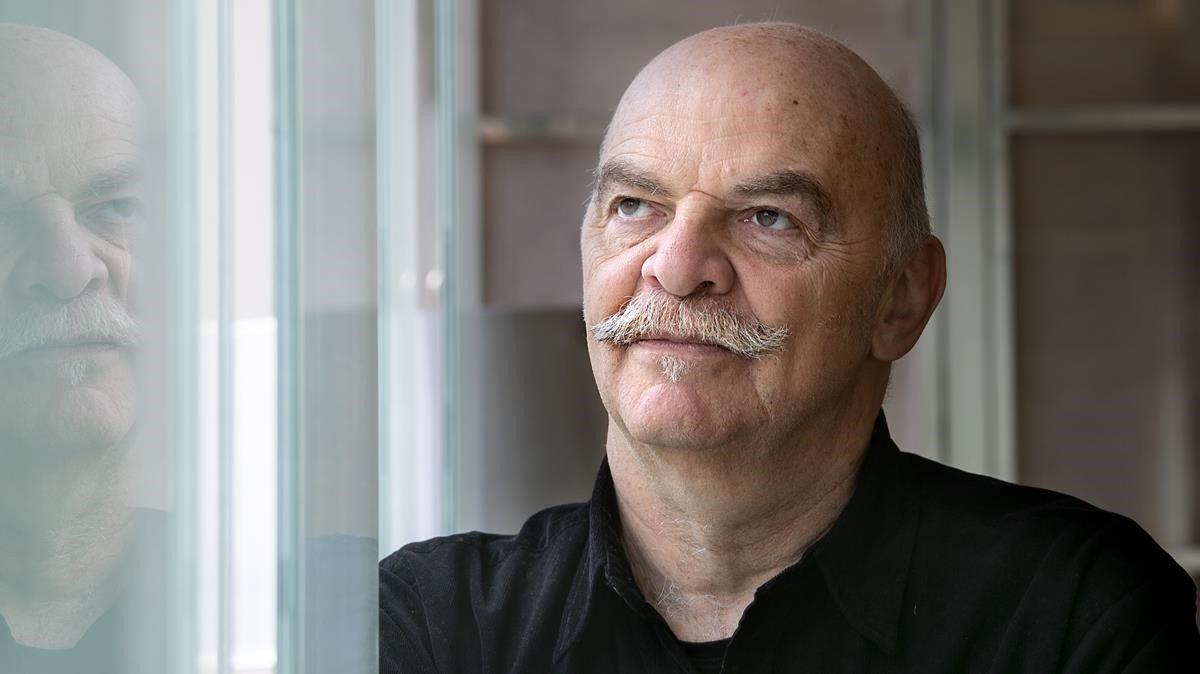Martín Caparrós: «Jo, com a escriptor, visc gairebé sempre en quarantena»