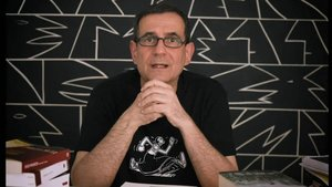 El escritor Eduard Márquez en un momento del bis.