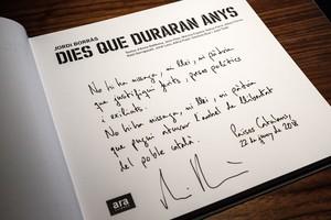 Dedicatoria al rey de Jordi Borràs, autor del libro Dies que duraran anys.