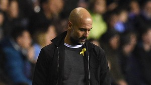 zentauroepp42207096 manchester city s spanish manager pep guardiola reacts durin180223172610