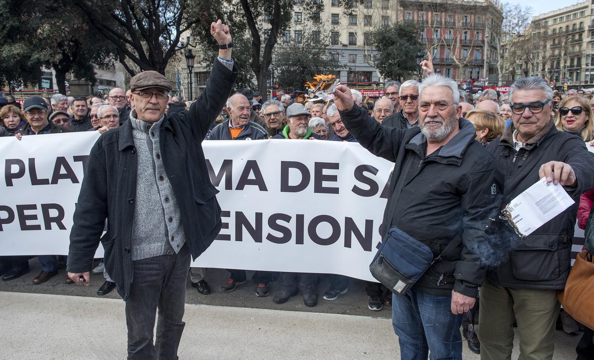 El Banc d'Espanya adverteix de l'impacte d'apujar la pensió amb l'IPC