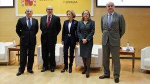 Quatre exministres d'Economia reclamen més integració fiscal a la UE