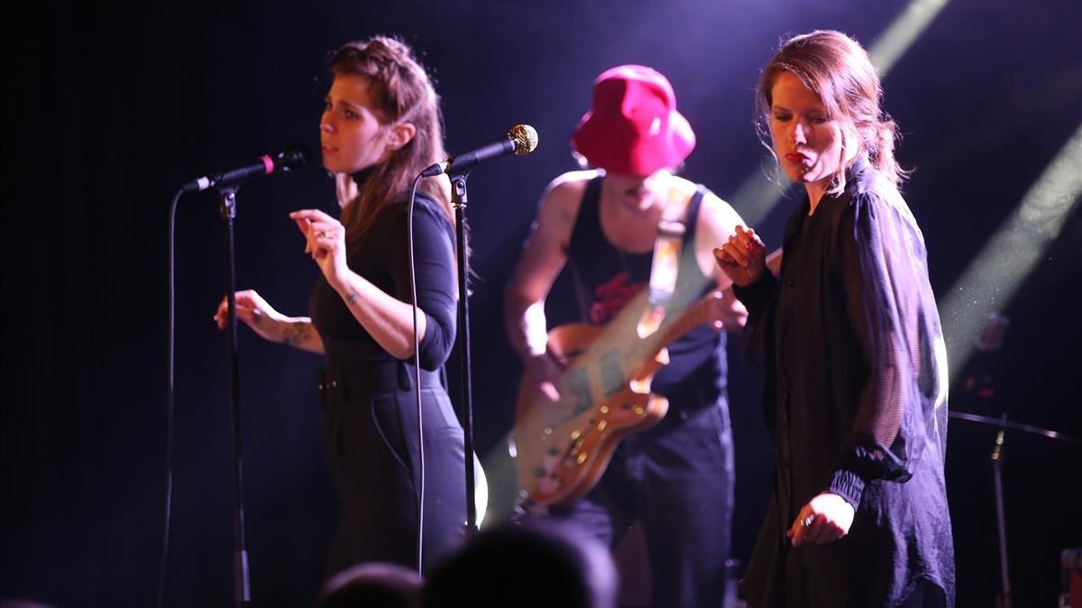 Actuación de U.S. Girls en La [2] de Apolo
