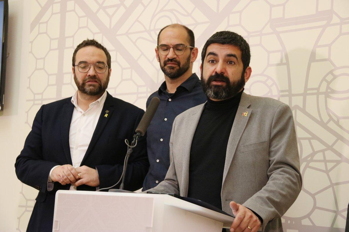 El alcalde de Sabadell, Maties Serracant, y el conseller de Treball, Afers Socials i Familia, Chakir El Homrani.