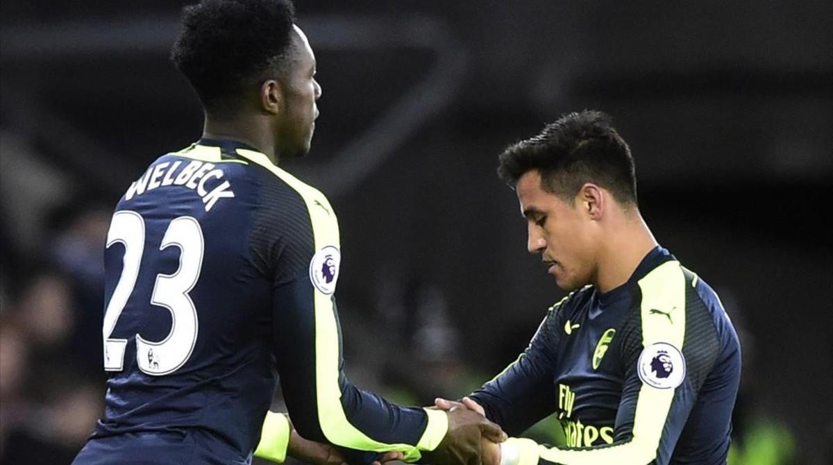Alexis Sánchez, sustituido por Welbeck, en el partido del sábado del Arsenal.