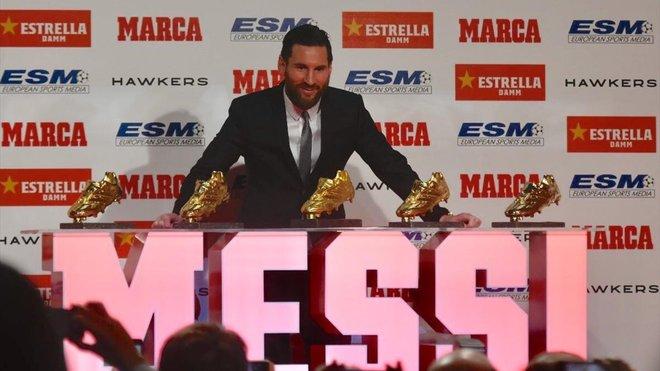 El Barça recrea a Messi como Superhéroe en homenaje a su 5 Bota de Oro.
