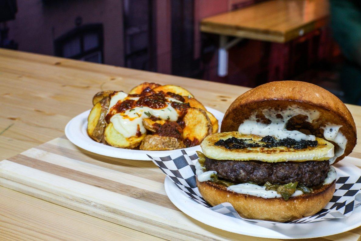 Bravurger Tour, una ruta molt especial de braves i 'burgers'