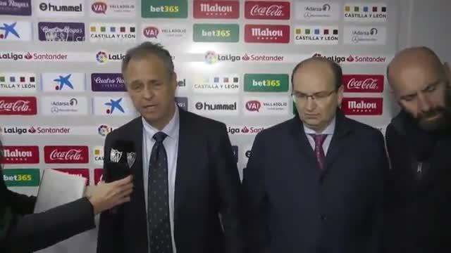 El entrenador del Sevilla, Joaquín Caparrós, anuncia que padece una leucemia crónica que no le impedirá ejercer su trabajo con normalidad.
