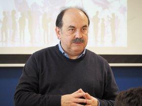 Catedrático de Farmacología Josep-Eladi Baños.