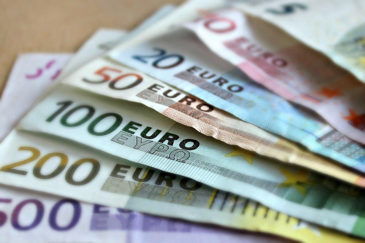 Se puede ganar dinero sin trabajar, pero no es fácil ni rápido.