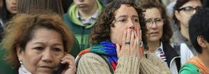 Consternación ante el instituto Joan Fuster, este martes en Barcelona.
