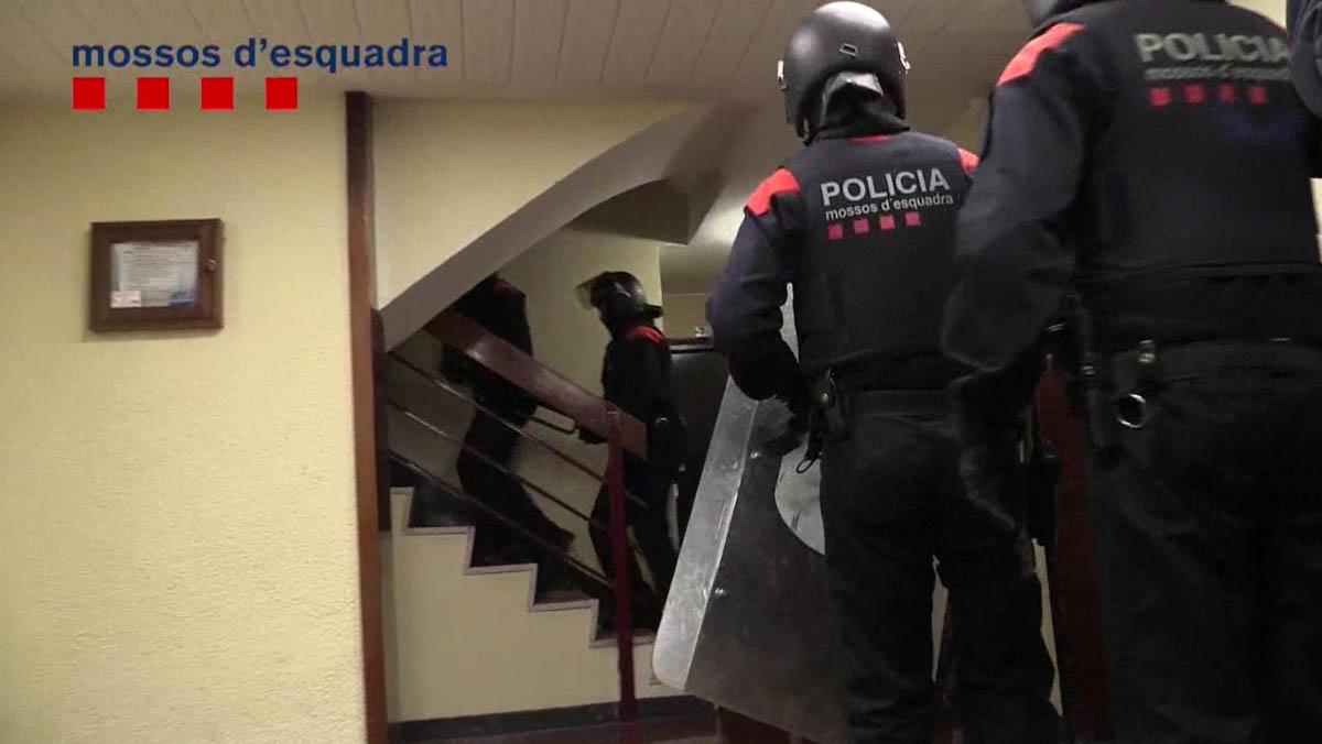 Cuatro detenidos por hacerse pasar por operarios del gas para estafar.