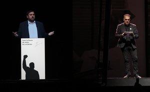 El discurso de Oriol Junqueras (presente vía holograma) leído durante la conferencia política en el Palau Sant Jordi de Barcelona, el pasado día 29.