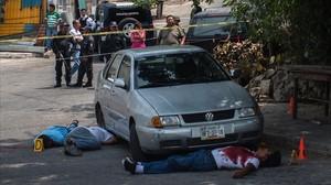 Tres víctimas de un crimen relacionado con el narcotráficoen Acapulco.
