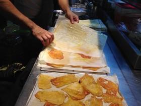 Els establiments adherits a la campanya Restaurants contra la fam ofereixen un plat o menú solidari.