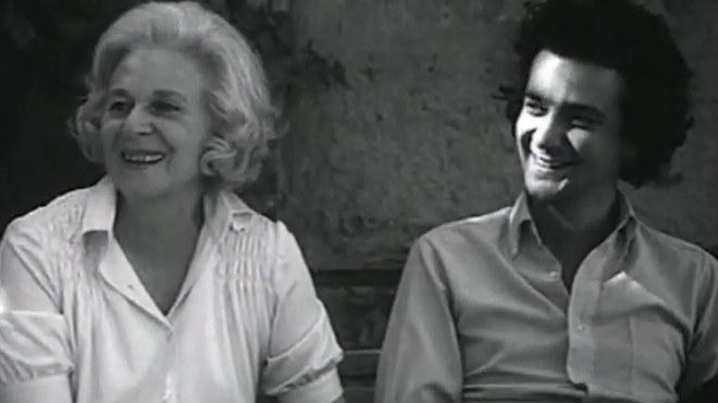 Los hermanos Leopoldo y Michi Panero rememoran, junto a su madre, Felicidad Blanc, sus tempranas creaciones poéticas.