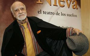 El dramaturgo Francisco Nieva, con ocasión de la inauguración de una exposición sobre su obra en el año 2006 en Madrid.