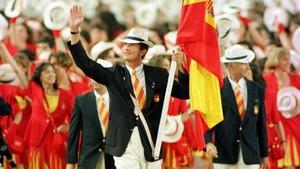 Felipe de Borbón, abanderado español en los Juegos del 92.