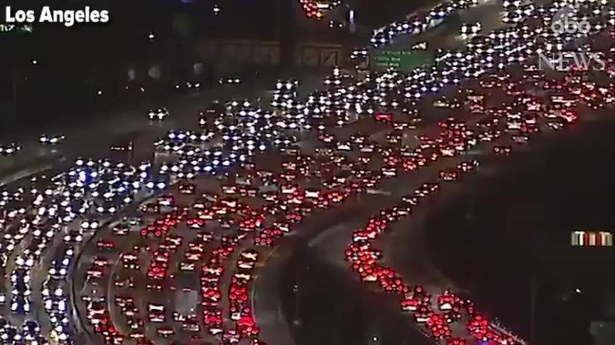 Imagen aérea de los atascos en Los Ángeles