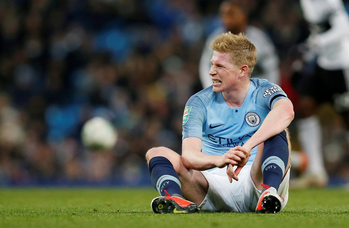 FILE PHOTO: Soccer Football - Carabao Cup Fourth Round - Manchester City v Fulham - Etihad Stadium, Manchester, Britain - November 1, 2018 Manchester Citys Kevin De Bruyne after sustaining an injury REUTERS/Andrew Yates/File Photo